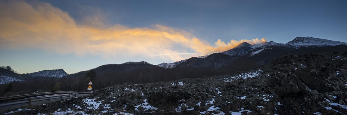 Strasse nach Etna Nord