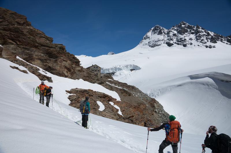 dsc3795 - Abstieg zur Mutthornhütte