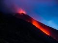 Eruption mit Lavafluss